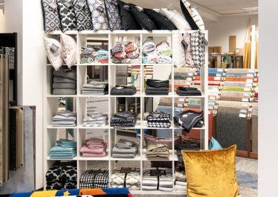 Ausstellung mit Textilien und Innenausstattung in unserem Geschäft nahe Bielefeld und Werther