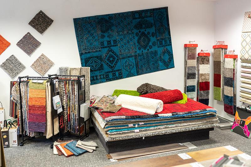 Produkte für Fußböden wie Teppiche, Teppichböden in unserem Geschäft in Bielefeld Schröttinghausen nahe Werther